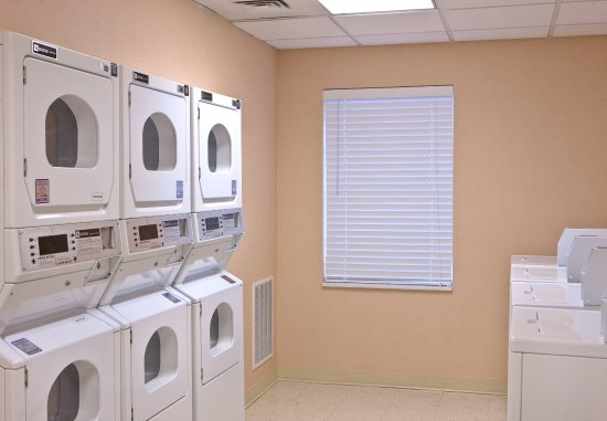Tysons Corner, VA: Guest Laundry