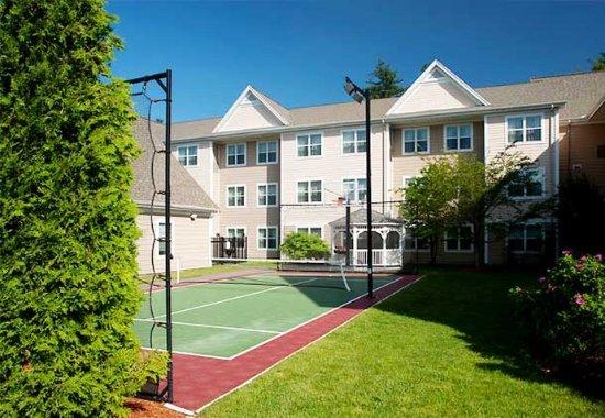 Уестфорд, Массачусетс: Sport Court