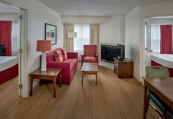 Andover, MA: Two-Bedroom Suite