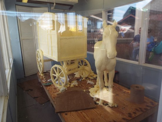 The Big E: Butter Carving