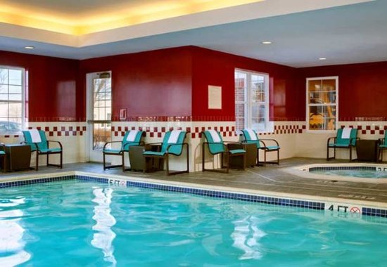 Somerset, NJ: Indoor Pool