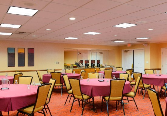 ريزدنس إن باي ماريوت فريدريك: Meeting Room – Banquet Setup