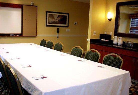 Salisbury, MD: Meeting Room – Boardroom Setup