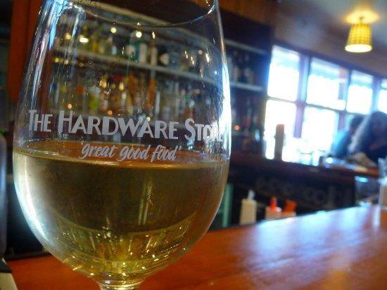Vashon, วอชิงตัน: fun wine glass.