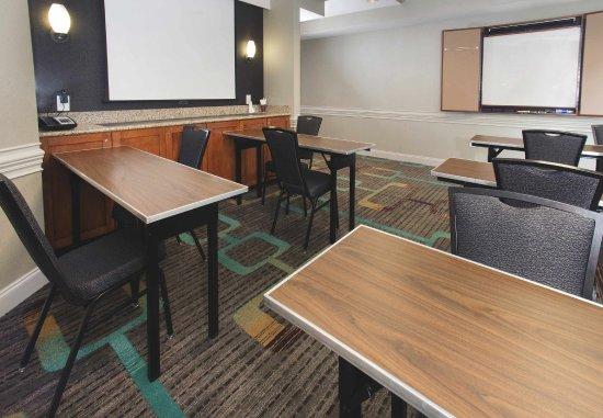 Paducah, KY: Meeting Room
