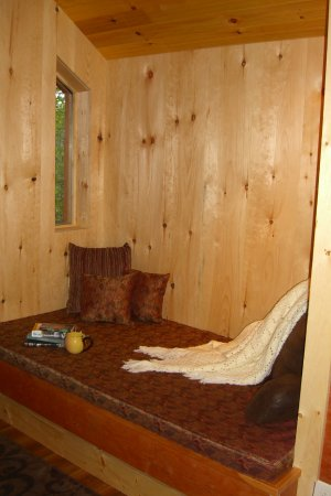 Robert Frost Mountain Cabins: Reading nook