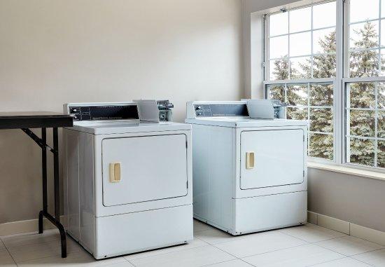 Pontiac, MI: Guest Laundry