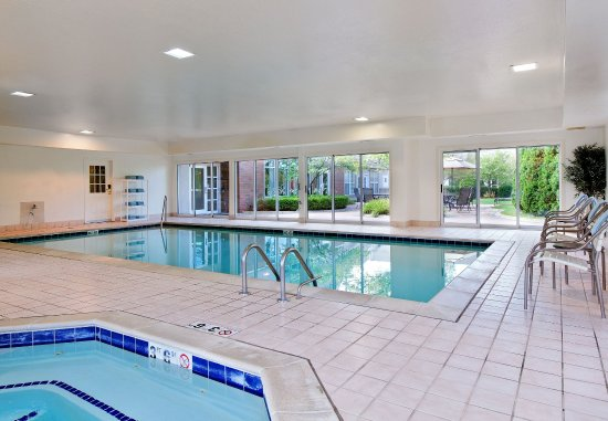 Pontiac, MI: Indoor Pool