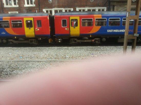 Stoke-on-Trent Railway Station: 20160920_113326_large.jpg