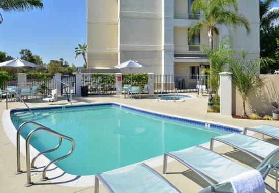 Аркадия, Калифорния: Outdoor Pool
