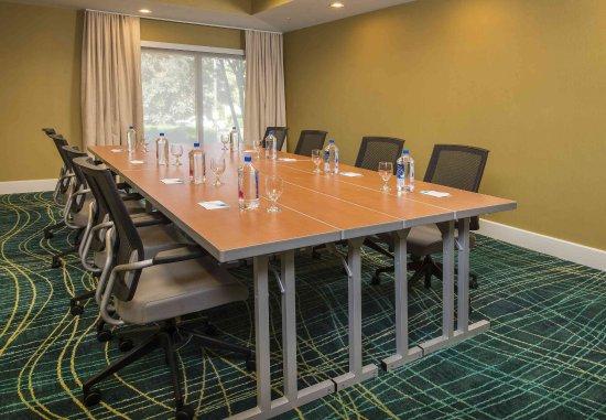 Gaithersburg, MD: Boardroom