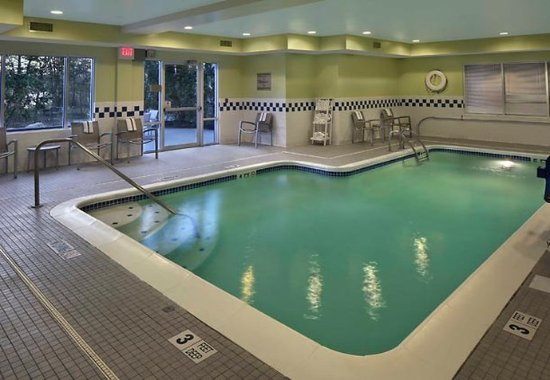 Waterford, CT: Indoor Pool