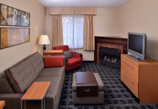 Warren, MI: VIP Suite