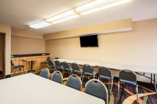 Towson, MD: Meeting Room