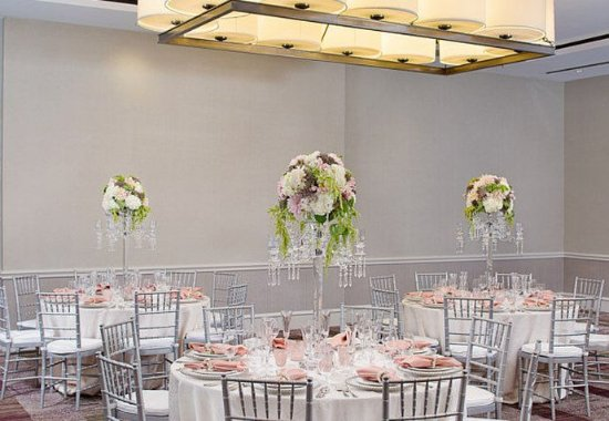 Pleasanton, Californie : California Ballroom – Banquet Setup