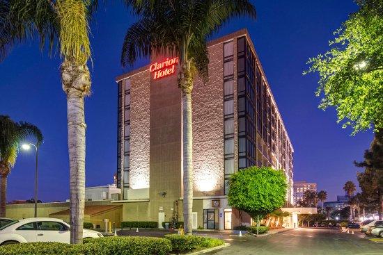 Clarion Hotel Anaheim Resort: Exterior