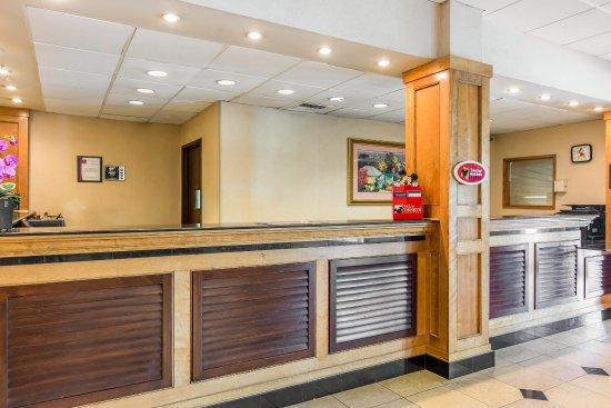 Clarion Hotel Anaheim Resort: Interior