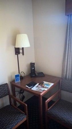 Jonesborough, TN: Small desk in the corner of the room