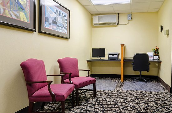 business center picture of comfort suites innsbrook. Black Bedroom Furniture Sets. Home Design Ideas