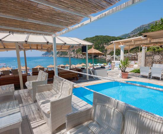 Blue Princess Beach Hotel Suites
