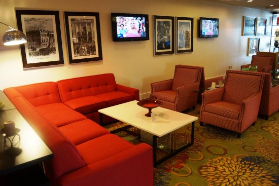 College Park, MD: Hotel Lobby