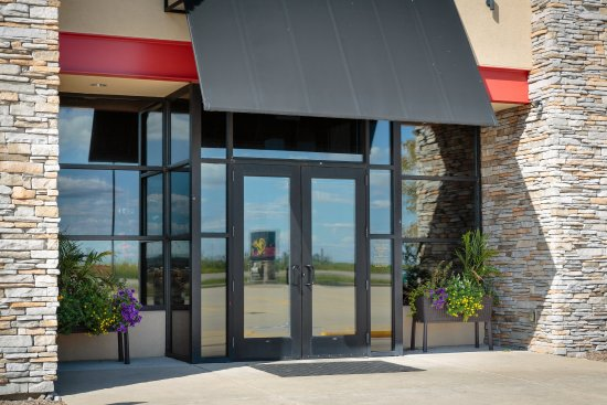 Bloomington, IL: Locally known Baxters Restaurant attached to the Holiday Inn Hotel