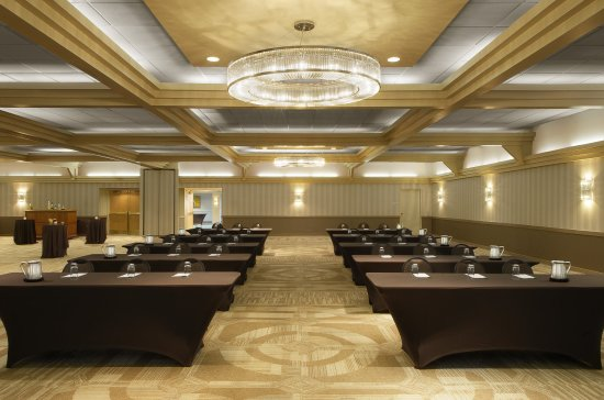 Sunset Hills, MO: Cadillac Ballroom set for Corporate Meeting