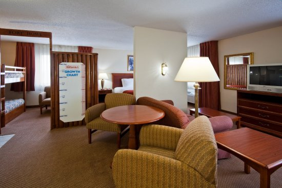 Howe, IN: Junior Suite