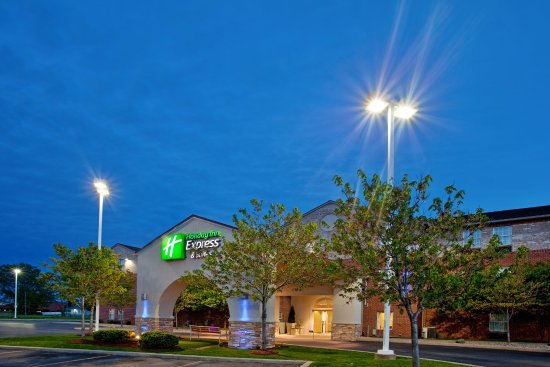 Holiday Inn Express And Suites Benton Harbor