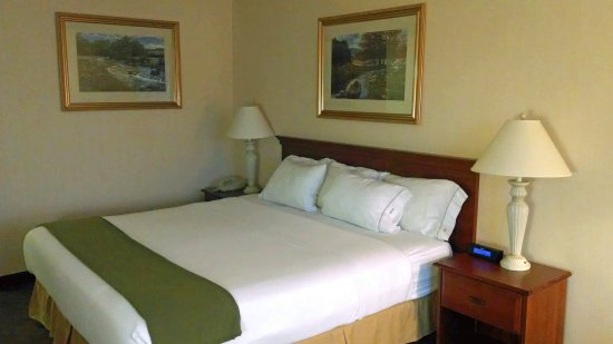 Holiday Inn Express & Suites Ex I-71/ Oh. State Fair/Expo Center: The CSTN Room Type is assigned at check in.