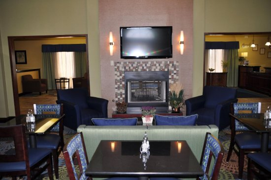 Christiansburg, VA: Enjoy our breakfast area every morning.