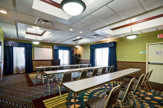 Christiansburg, VA: Plenty of space for your meeting.