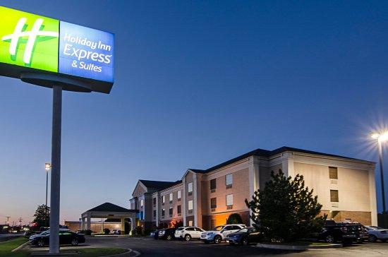 Photo of Holiday Inn Express Suites Vinita