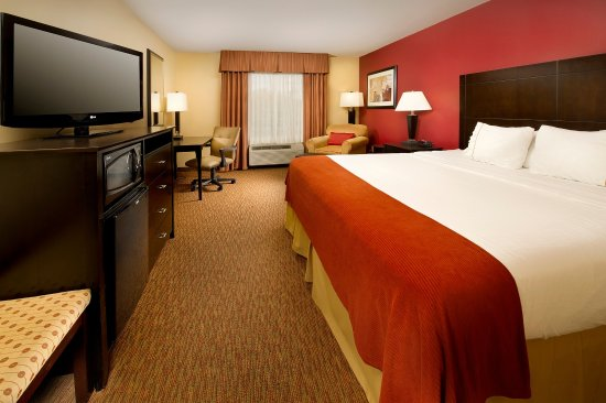 Schererville, Indiana: King Bed Guest Room