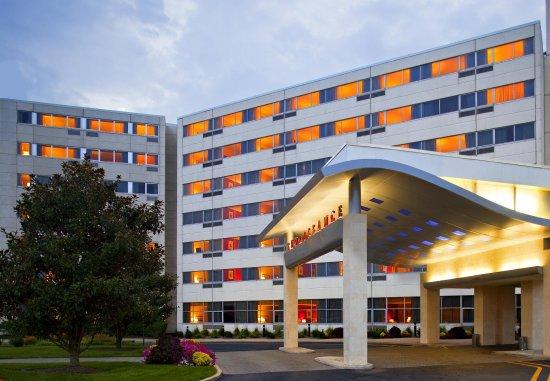 르네상스 우드브리지 호텔