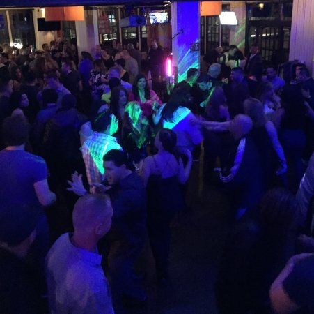 South Shore Bar & Grill: Disco Freestyle night