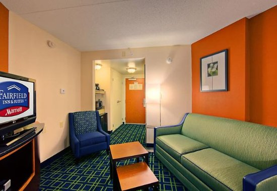 Oxford, AL: King Suite Living Area