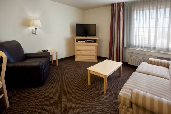Round Rock, TX: One Bedroom Suite Living Room