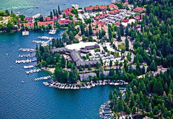 Lake Arrowhead, Californien: Exterior – Aerial View