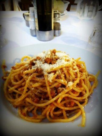 Chiusi della Verna, Italien: Spaghetti al ragù