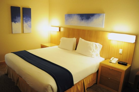 Langley City, Canada: King Bed Executive Room