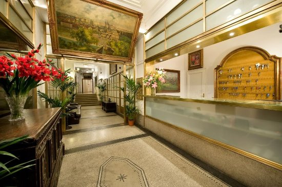 Residence Bologna: Reception
