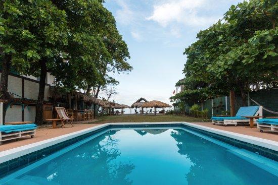 Las Penitas, Nikaragua: View to the beach/bar and ranchos.