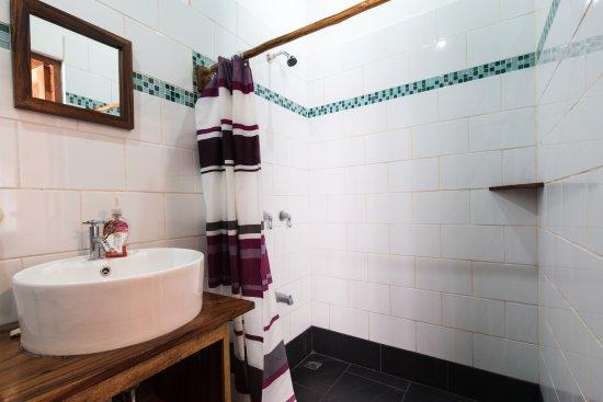 Las Penitas, Nikaragua: All our bathrooms look just like this.