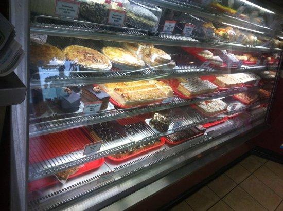 Denmark, Australia: cake so yummy