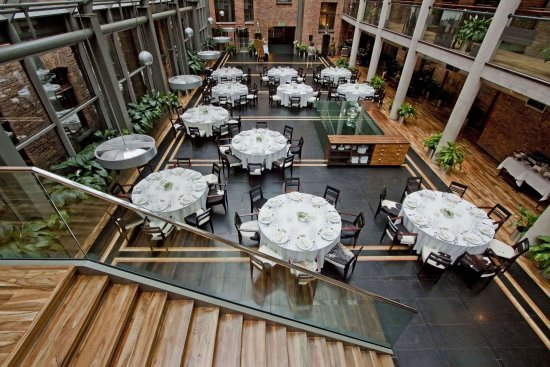 Hotel Monopol: Cristallo Restaurant