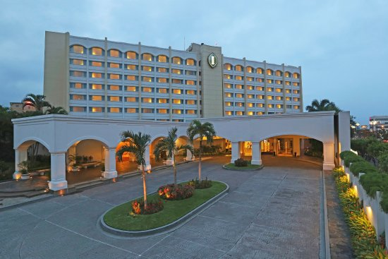 Real InterContinental San Salvador at Metrocentro Mall: Hotel Exterior