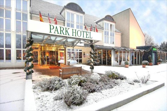 Ahrensburg, Alemania: Exterior View - Winter