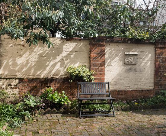 72qt guest house london guesthouse reviews photos for 64 queensborough terrace bayswater london w2 3sh