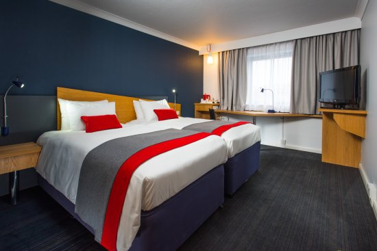 Taunton, UK: We love the cool, stylish look of our refurbished rooms